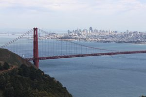 Image of the Golden Gate Bridge with San Francisco in the background