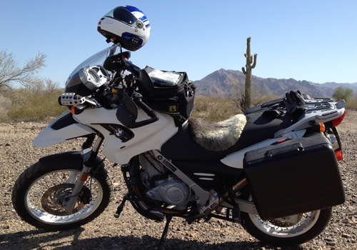 Image of a motorcycle: BMW F650GS-P