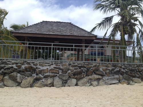 Image of the outside of Huahine House